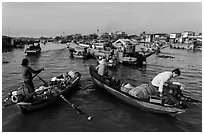 Market-goers, Cai Rang floating market. Can Tho, Vietnam (black and white)