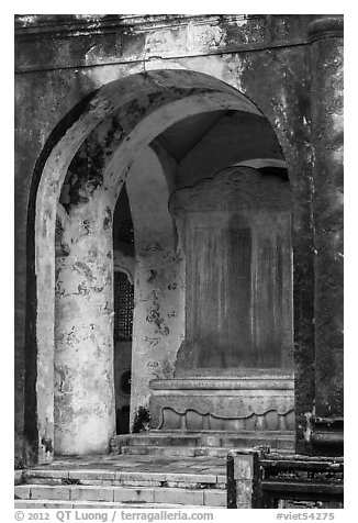 Stele composed by Emperor Tu Duc, Tu Duc Mausoleum. Hue, Vietnam (black and white)