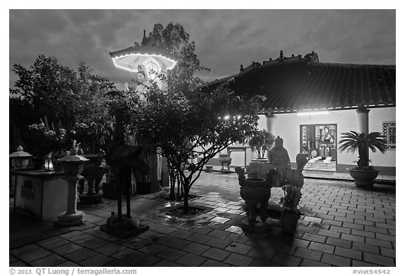 Phung Son Pagoda at night, district 11. Ho Chi Minh City, Vietnam (black and white)