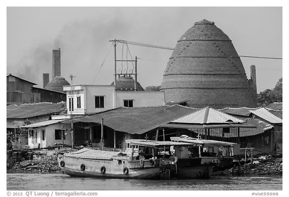 Boats and brick ovens. Sa Dec, Vietnam (black and white)