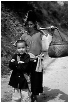 Ethnic minority woman and child, between Son La and Tuan Chau. Northwest Vietnam (black and white)
