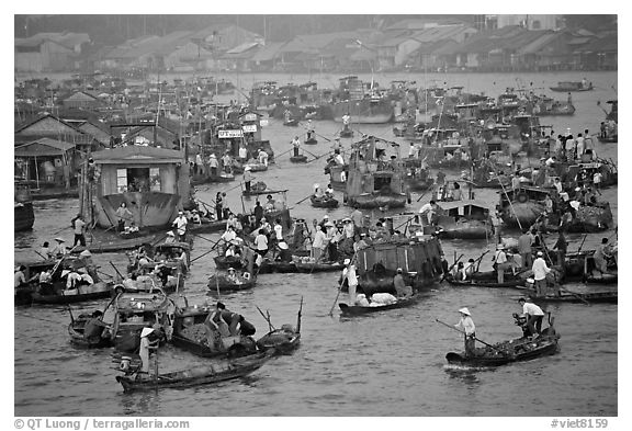 Concentration of small boats at the Cai Rang Floating market. Can Tho, Vietnam (black and white)