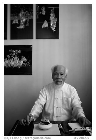 Traditional medicine doctor. Ho Chi Minh City, Vietnam (black and white)
