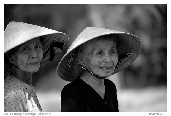 Two elderly women. Ben Tre, Vietnam (black and white)