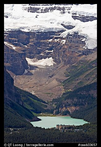 Lake Louise and Chateau Lake Louise at the base of Victorial Peak. Banff National Park, Canadian Rockies, Alberta, Canada (color)