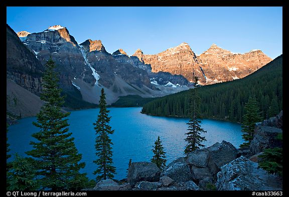 Moraine Lake and the Wenkchemna Peaks, Banff National Park