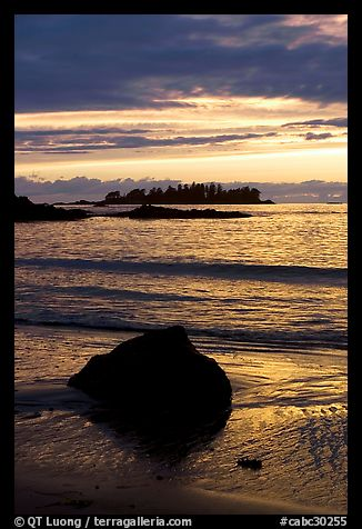 Sunset, Half Moon Bay. Pacific Rim National Park, Vancouver Island, British Columbia, Canada (color)