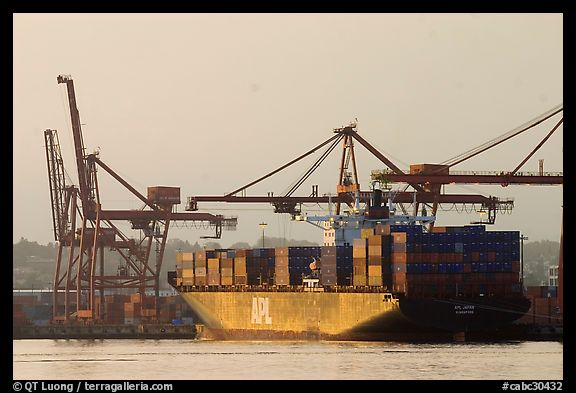 Container ship being loaded. Vancouver, British Columbia, Canada (color)