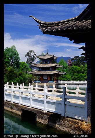Pavillons in Black Dragon Pool Park. Lijiang, Yunnan, China