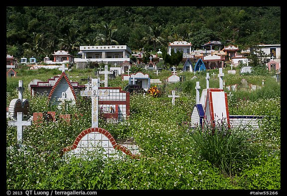 Christian cemetery, Chongde. Taiwan (color)
