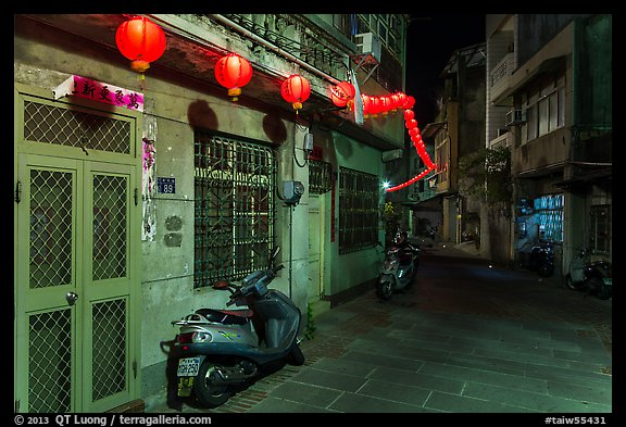 Nine-turns lane with red paper lanterns at night. Lukang, Taiwan (color)