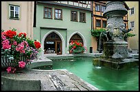 Fountain and houses. Rothenburg ob der Tauber, Bavaria, Germany ( color)
