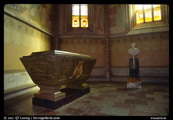 Tomb and bust, royal residence of Drottningholm. Sweden (color)