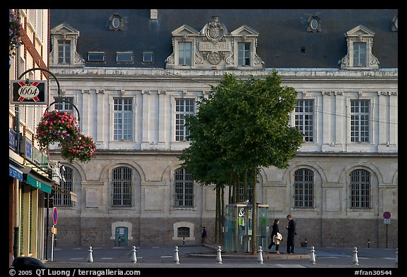 Square in front of City Hall, Amiens. France (color)