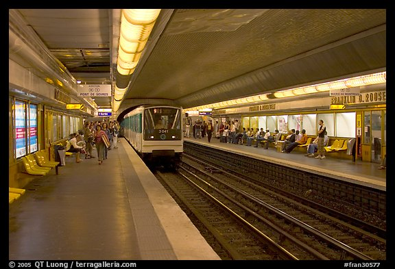 Franklin Roosevelt subway station. Paris, France
