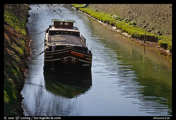 Barge, Canal du Midi. Carcassonne, France (color)