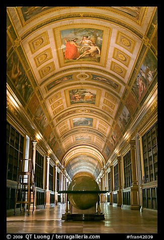 Library, palace of Fontainebleau. France