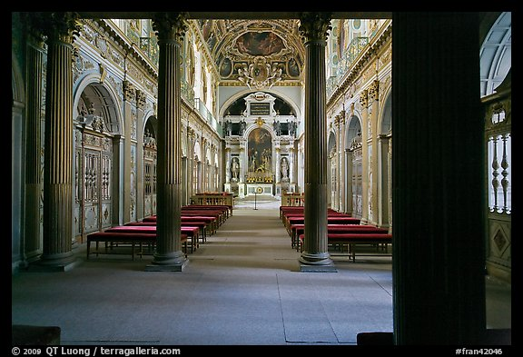 Chapelle de la Trinite, lower level, Chateau de Fontainebleau. France (color)