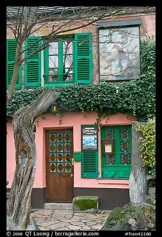 Lapin Agile cabaret facade, Montmartre. Paris, France (color)