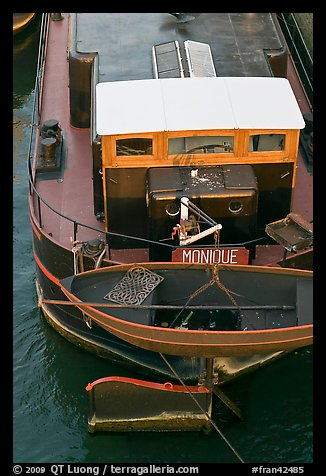 Reconverted peniche (barge). Paris, France (color)