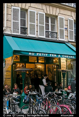 Cafe and bicycles, le Marais. Paris, France (color)