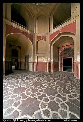 Geometrical patters on the floor of hall, Humayun's tomb. New Delhi, India (color)
