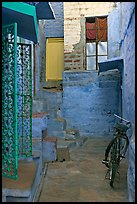 Blue alley with bicycle. Jodhpur, Rajasthan, India ( color)