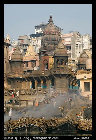 Manikarnika Ghat, most auspicious place to be cremated. Varanasi, Uttar Pradesh, India (color)