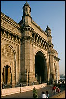 Gateway of India, early morning. Mumbai, Maharashtra, India (color)
