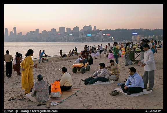 Chowpatty Beach, sunset. Mumbai, Maharashtra, India (color)