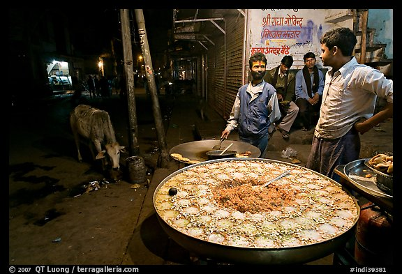 Food vendors by night. Bharatpur, Rajasthan, India (color)