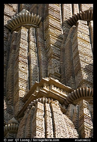 Detail of Sikhara with self-replicating volumes, Kadariya-Mahadev temple. Khajuraho, Madhya Pradesh, India (color)