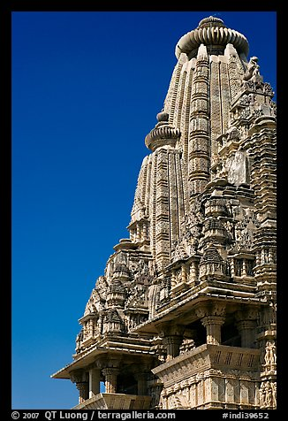 Sikhara of Visvanatha temple. Khajuraho, Madhya Pradesh, India (color)