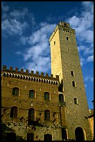 Palazzo del Popolo and Torre Grossa, early morning. San Gimignano, Tuscany, Italy