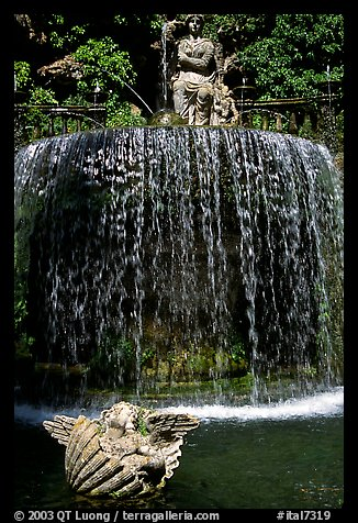 Elaborate fountain in the gardens of Villa d'Este. Tivoli, Lazio, Italy (color)