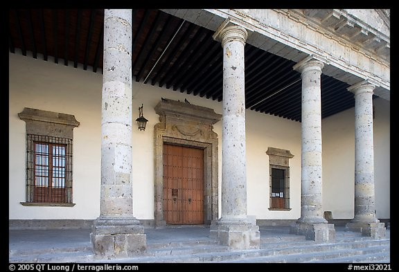 Exterior entrance porch of Hospicios de Cabanas. Guadalajara, Jalisco, Mexico (color)
