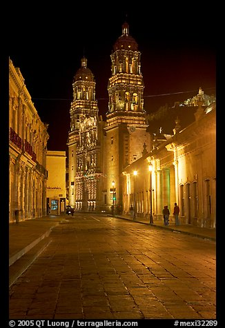 Hidalgo Avenue and Cathedral at night. Zacatecas, Mexico (color)