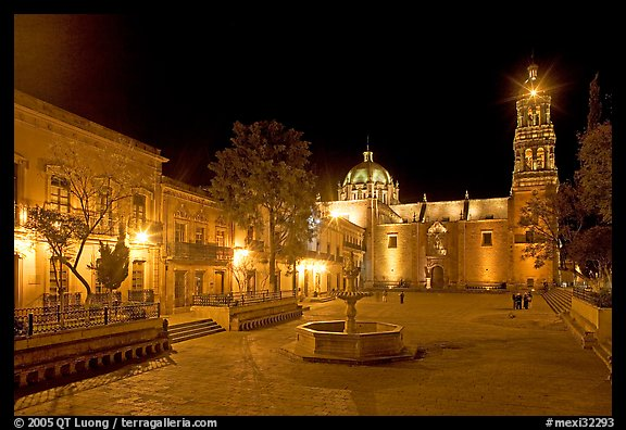 Square of Arms at night. Zacatecas, Mexico (color)