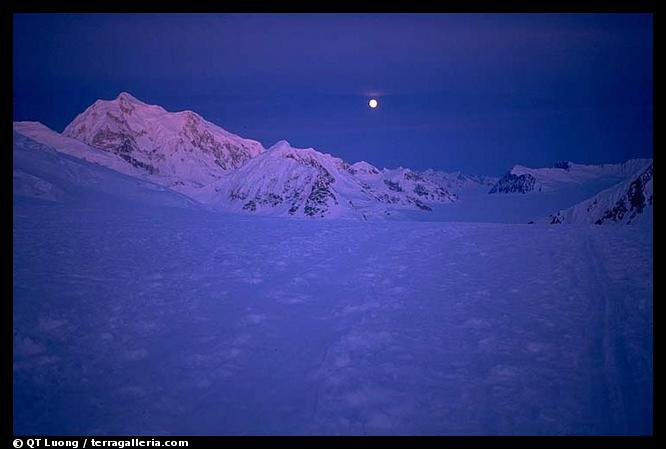 At begining June, there is no more night at these latitudes, just a very pure lingering light. Denali, Alaska (color)