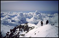 Mountaineers descend West Buttress of Mt McKinley. Denali National Park, Alaska, USA.