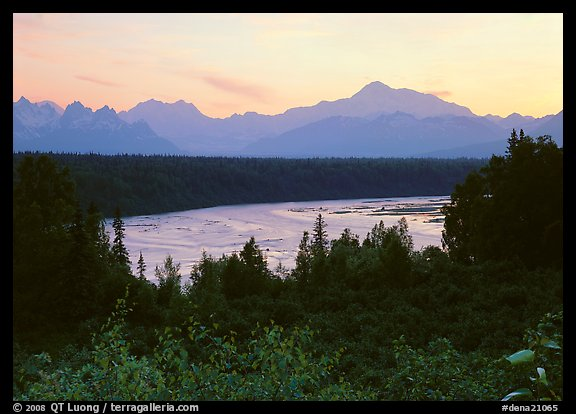Mt Mc Kinley from Denali State Park. Denali National Park (color)