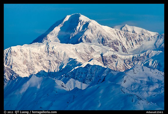 Mt McKinley seen from the south. Denali National Park (color)