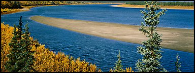 Sand bank in wide Kobuk River. Kobuk Valley National Park (Panoramic color)