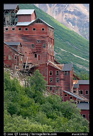 Kennecott mill. Wrangell-St Elias National Park (color)