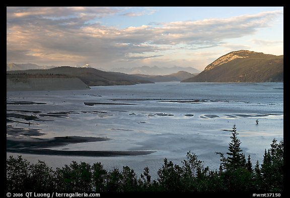 Wide Copper River at sunset. Wrangell-St Elias National Park (color)
