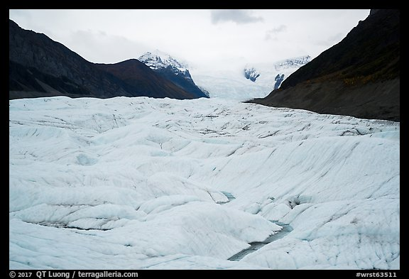 Root Glacier. Wrangell-St Elias National Park (color)