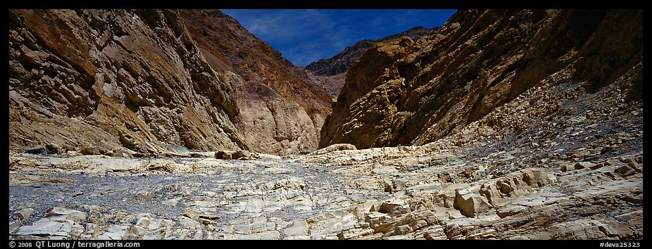 Dry desert wash, Mosaic Canyon. Death Valley National Park (color)