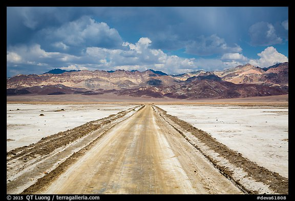 West Side Road crossing Salt Pan. Death Valley National Park (color)