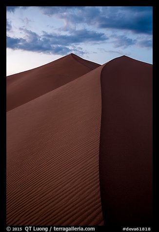 Dune ridges at sunset, Ibex Dunes. Death Valley National Park (color)