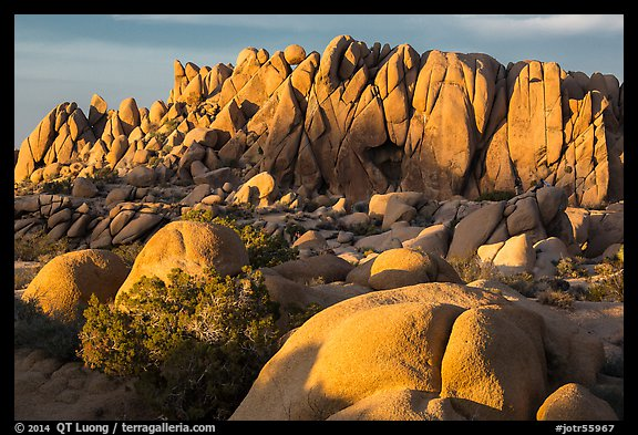 Rock wall with marble rocks at sunset, Jumbo Rocks. Joshua Tree National Park (color)